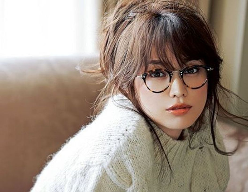 41 Beautiful Bangs Hairstyle For Women With Glasses Hairstyles With Glasses Bangs And Glasses Short Hair With Bangs