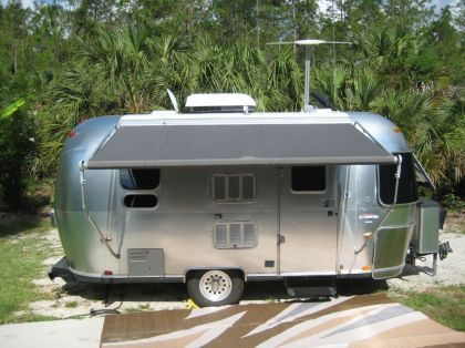 Airstream Bambi Airstream Pinterest Camping Car Roulotte Et Caravane