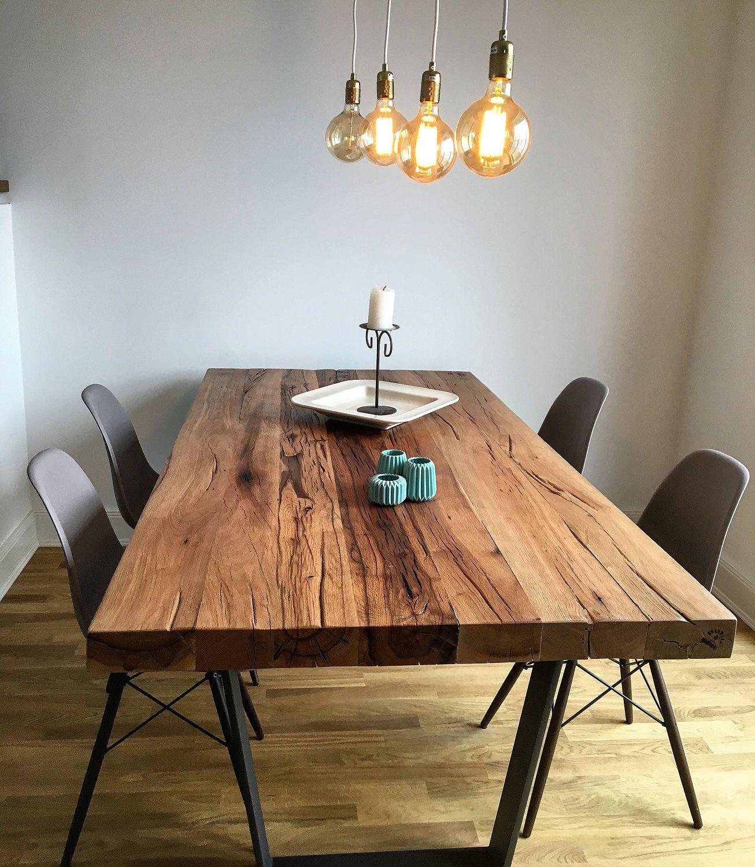 Esstisch / Massivholztisch aus Eichenholz-Altholz / Tischgestell aus ...