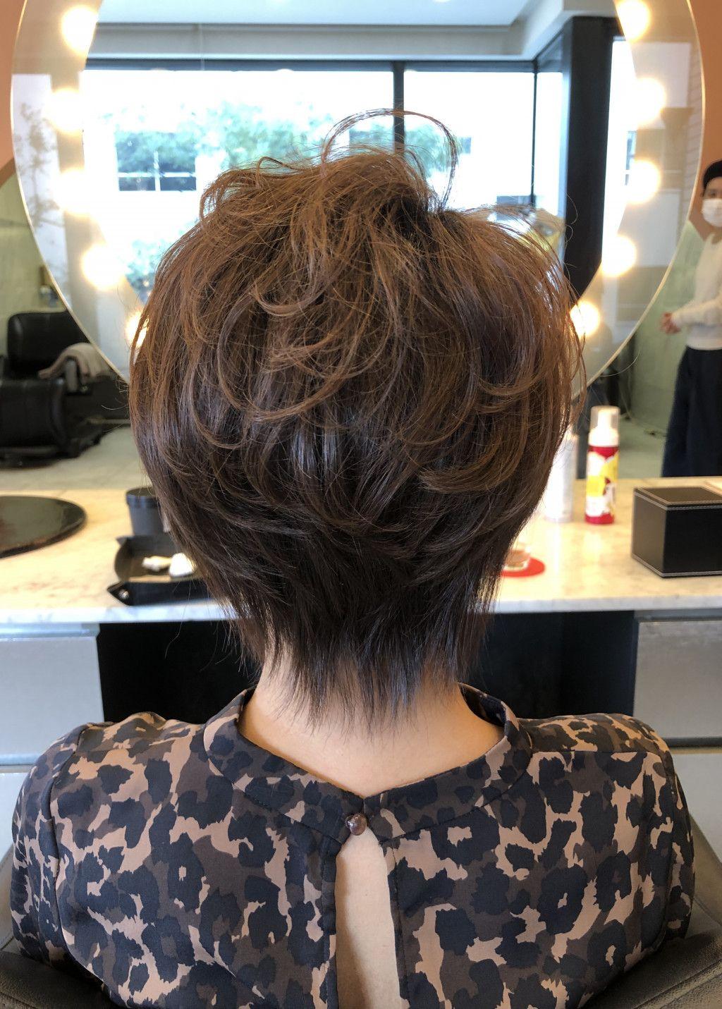 画像2つ目 40代50代60代ヘアスタイル髪型 ショートの記事より 60代