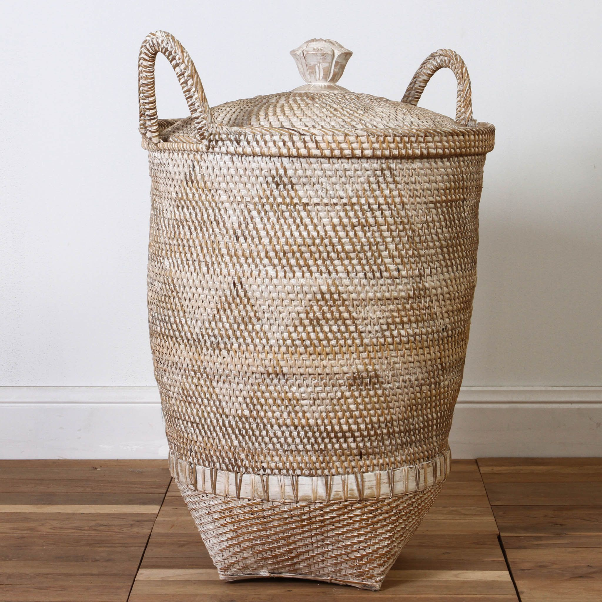 Decorative Laundry Hamper Zulu Laundry Basket  J'aime  Pinterest  Zulu Laundry And Rattan