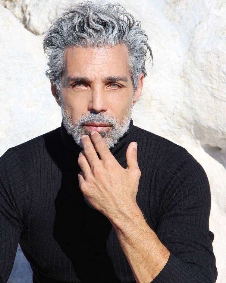 The lockdown made me love my grey in 2020 Grey hair men
