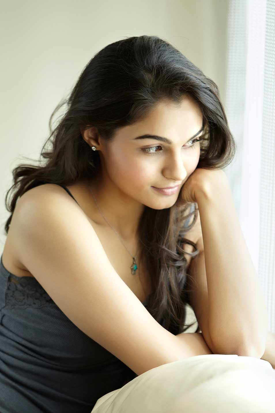 andrea jeremiah south indian actress wallpapers | south indian