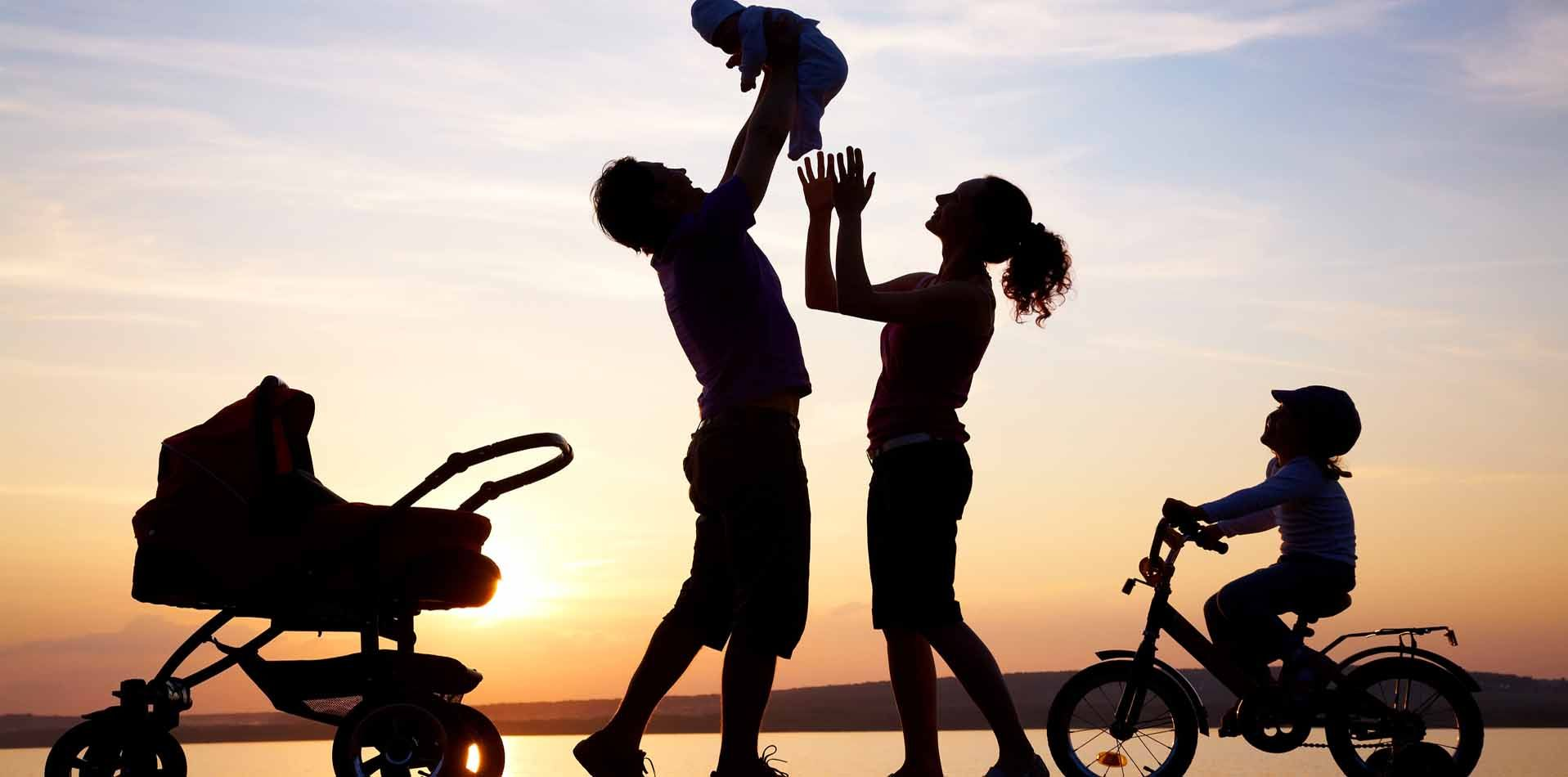 Images For Silhouette Happy Family Photo Ideas