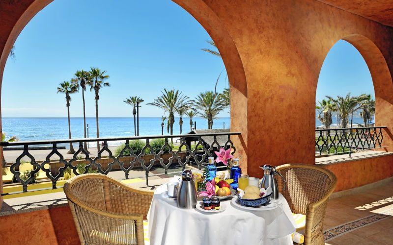 Der er mange hyggelige restauranter, hvor du kan nyde god tapas sammen med smukke udsigter på dejlige Tenerife. Se mere på www.apollorejser.dk/rejser/europa/spanien/de-kanariske-oer/tenerife