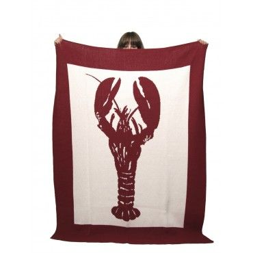 The hand block large lobster images add a chic vintage vibe to the summer beach house, or to any room screaming for a little seaside fun. #lobster#throw