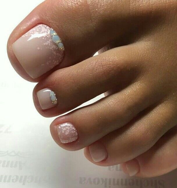 Holiday Nails Hours: Pin By Katy On TOE NAIL ART (With Images)