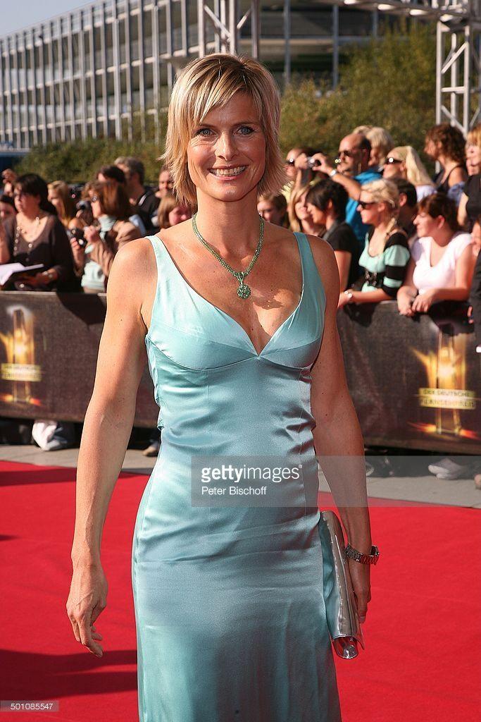 Barbara Hahlweg Sat1gala Verleihung Deutscher Fernsehpreis 2009 Kln Picture Id501085547 683 1024 Formal Dresses Gala Sleeveless Formal Dress