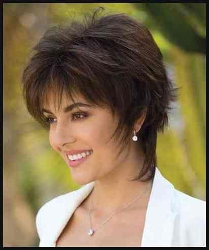 Die Besten Haarschnitte Fur Frauen Ab 40 15 Verschiedene Einfache Frisuren Frisuren Haarschnitt Kurzhaarfrisuren