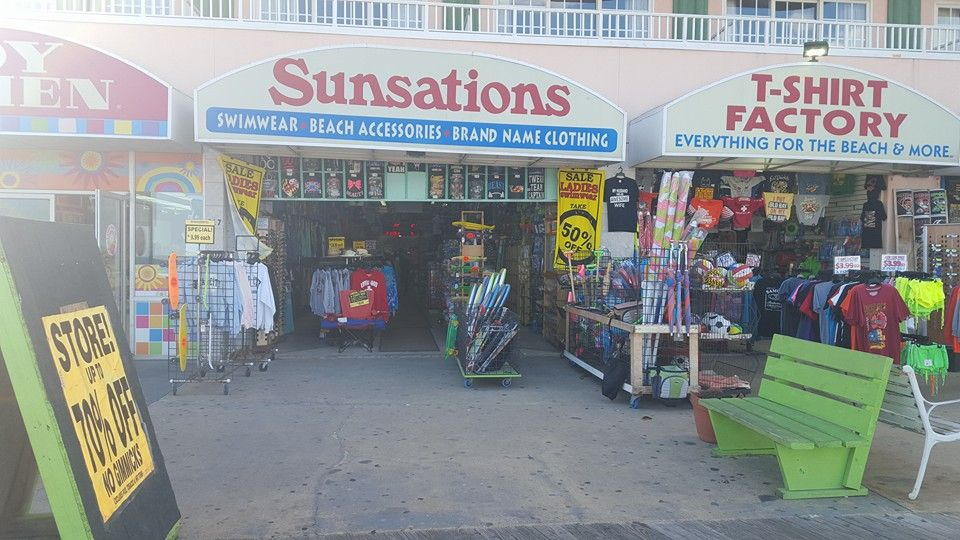 Sunsations Paradise Plaza Inn 9th St The Boards Ocean City Md 21842 Ocean City Ocean City Maryland Plaza Hotel