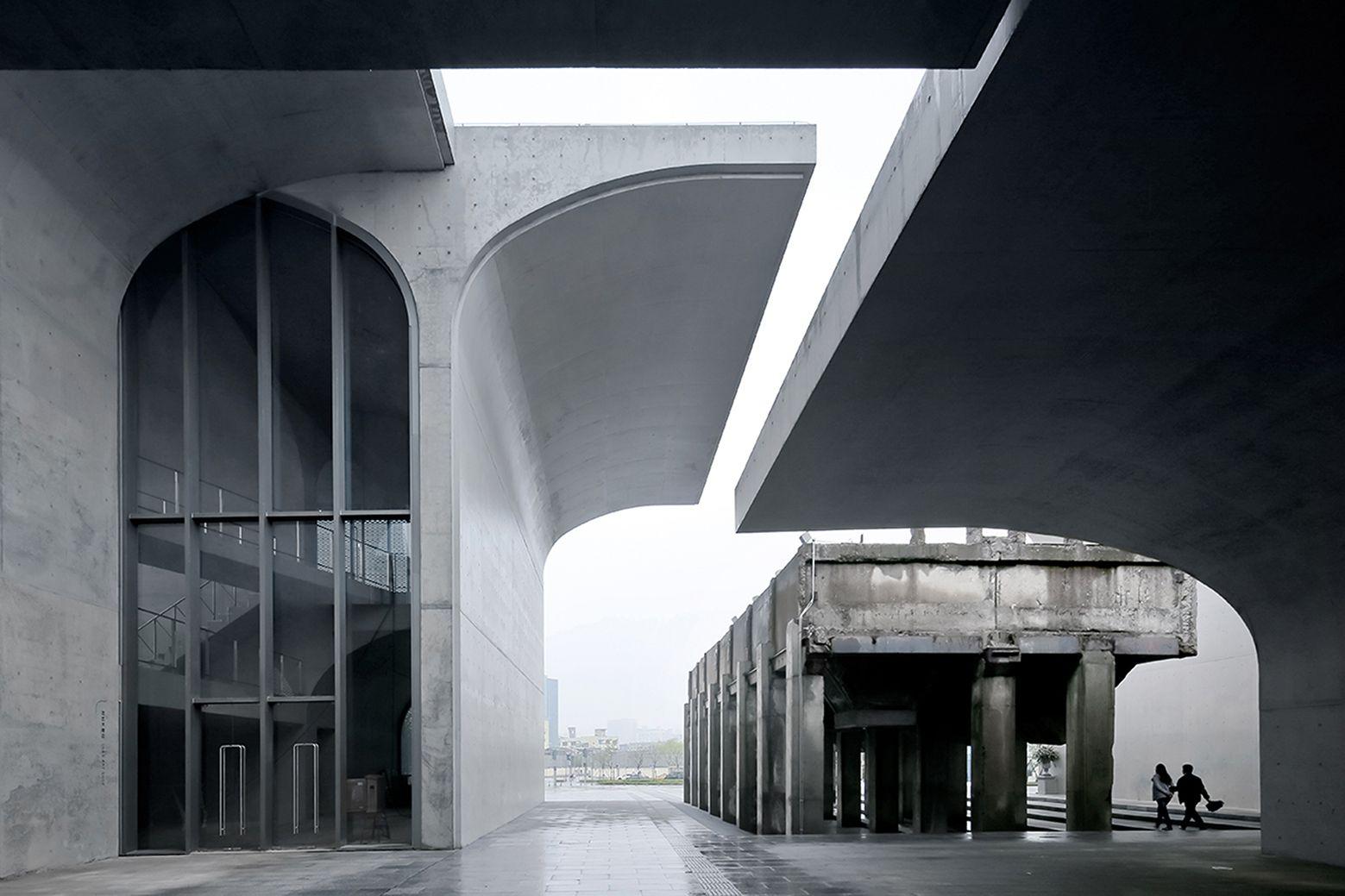 Museo Largo West Bund / Atelier Deshaus