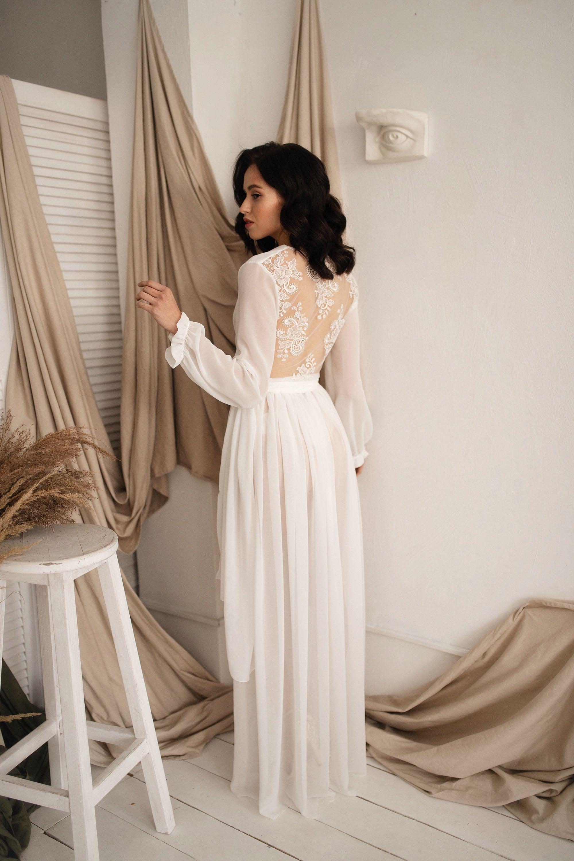 Chiffon Wedding Dress Unique Rustic Bridal Gown Simple Boho Etsy In 2020 Simple Elegant Wedding Dress Earthy Wedding Dresses Comfortable Wedding Dress [ 3000 x 2000 Pixel ]