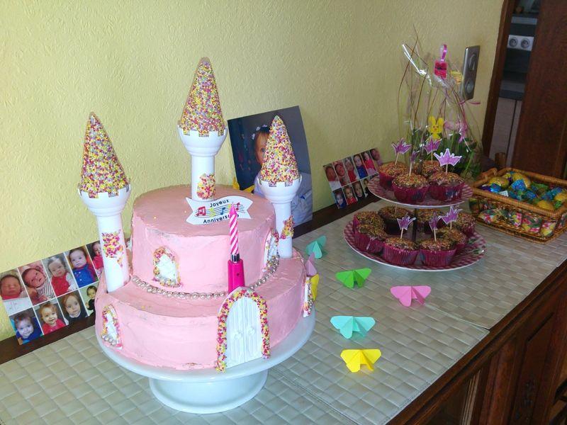 les 25 meilleures idées de la catégorie gâteaux château de