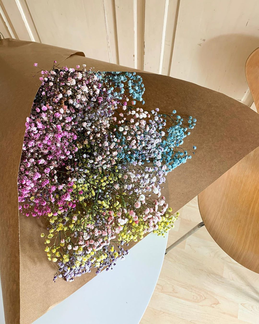 "Michelle Fleur on Instagram: ""Pastel love💐#flowers #flowersandpowersamsterdam #potd #details #pastel #pastellove #homesweethome"""