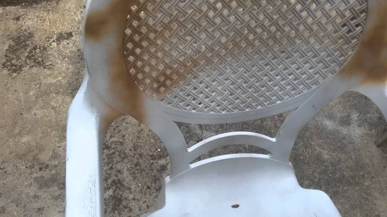 How To Paint Plastic Chairs - Step 2.5 (Just a quick video on how to wet sand the surface. That's a 1,000 grit sandpaper by 3M. You can see here how you should apply the first coat of paint. The color that I chose in this chairs is Nutmeg. I applied 2 coats, but you can apply as much as three coats if you want. The most important thing here is to wet sand the surface until is completely soft)