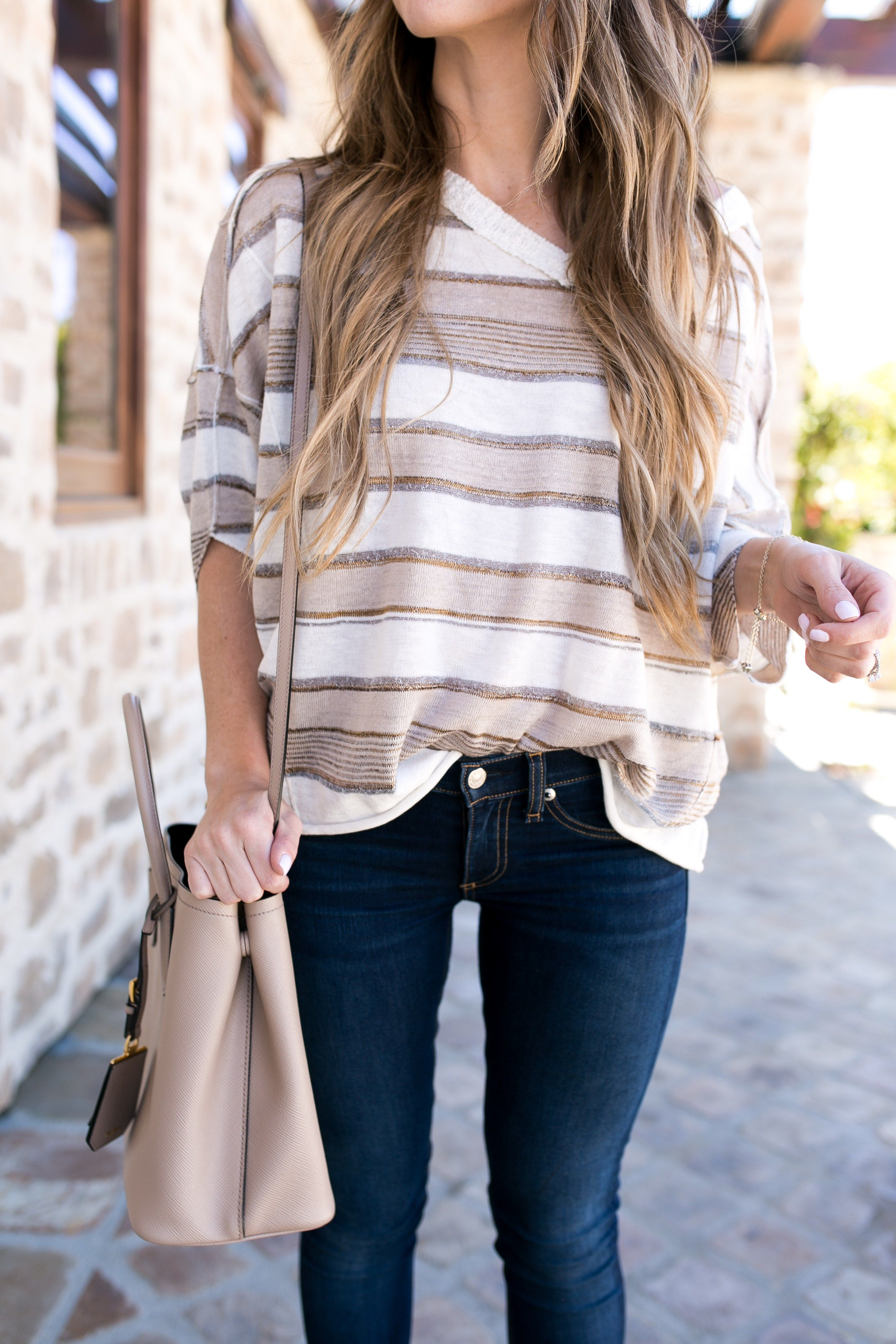 e8f87540aa98 One of my favorite things to wear through the beginning Summer months are  light sweaters. They are super cute paired with jeans
