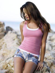 alina-vacariu-in-shorts-degrassi-having-sex-and-videos