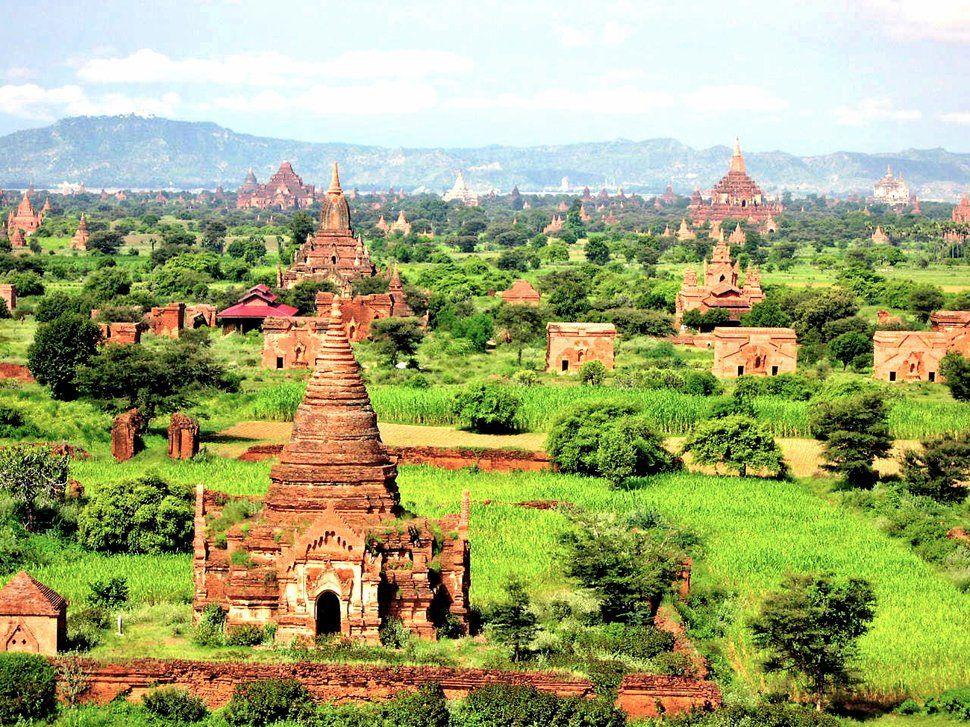 La plaine de Bagan, Birmanie