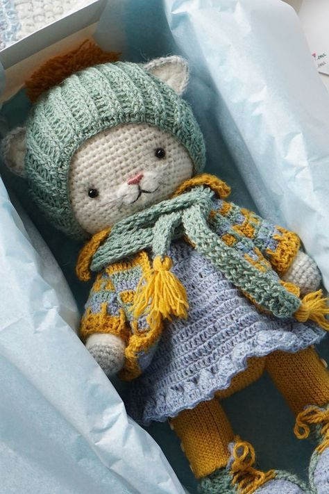 Lovely Amigurumi Doll Animal Plant Cake And Ornaments Pattern