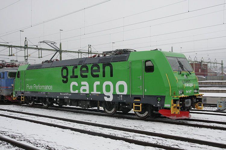 Green Cargo Re 1427 In 2020 Train Locomotive Railway