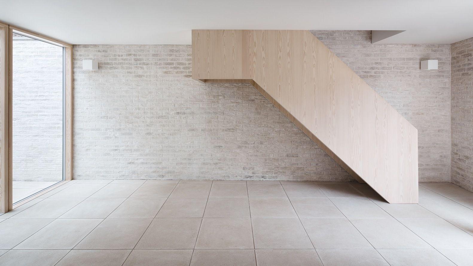 Gallery of Mews House / Russell Jones - 18