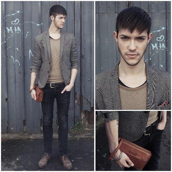 H&M Blazer, Lancel Pochette, Monderer Héritage Leather Shoes, Zara Black Slim Jeans, Givenchy Silk Square