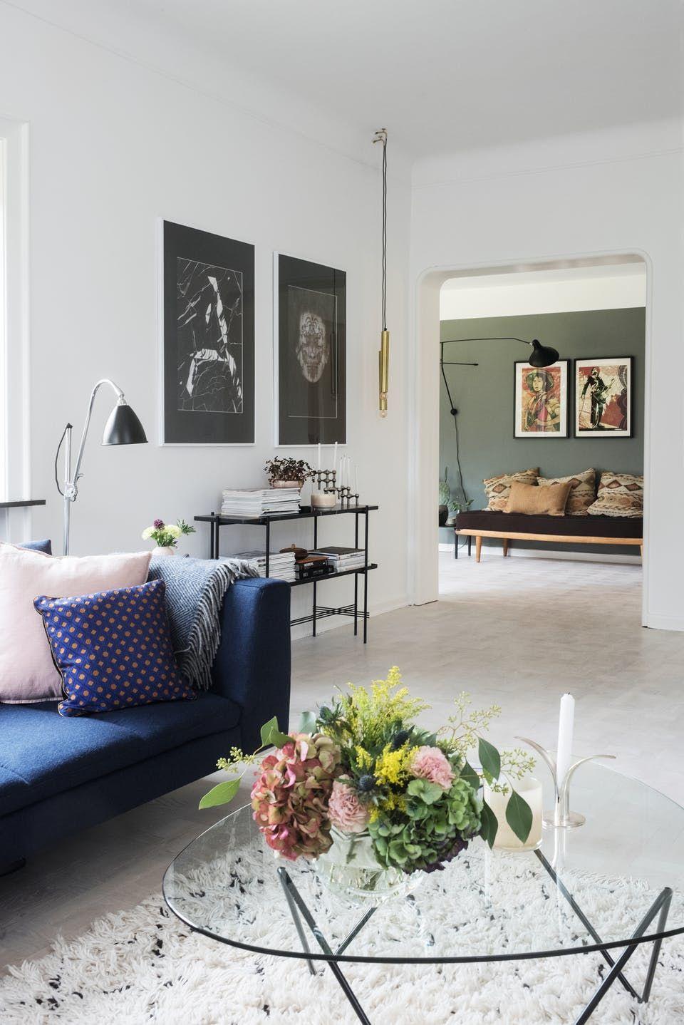 Louise Og Andreas Matte Igennem 10 Forskellige Farver For Spisestuen Faldt Pa Plads Ideer Boligindretning Minimalistisk Bolig Stue Sofaer