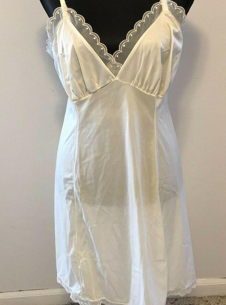 cb32163f4 VTG Lingerie Slip Van Raalte White Mid Century Nylon Lace Trim Scallop Size  38  VanRaalte