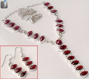 Charming red garnet gemstone in a appealing design of silver necklace and earrings..!! This stunning designer jewelry set is now available at our eBay store..!!  #jewelexi  #jewelryset  #red #garnet  #necklace  #earrings  #stunning