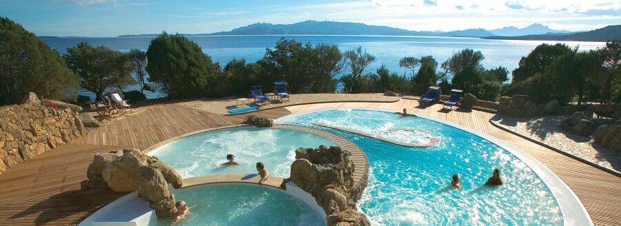 #pool #sea #relax #sardinia #spa #villa #resort http://www.luxuryholidaysinsardinia.com/case-vacanza-in-sardegna/migliori-case-vacanze.html