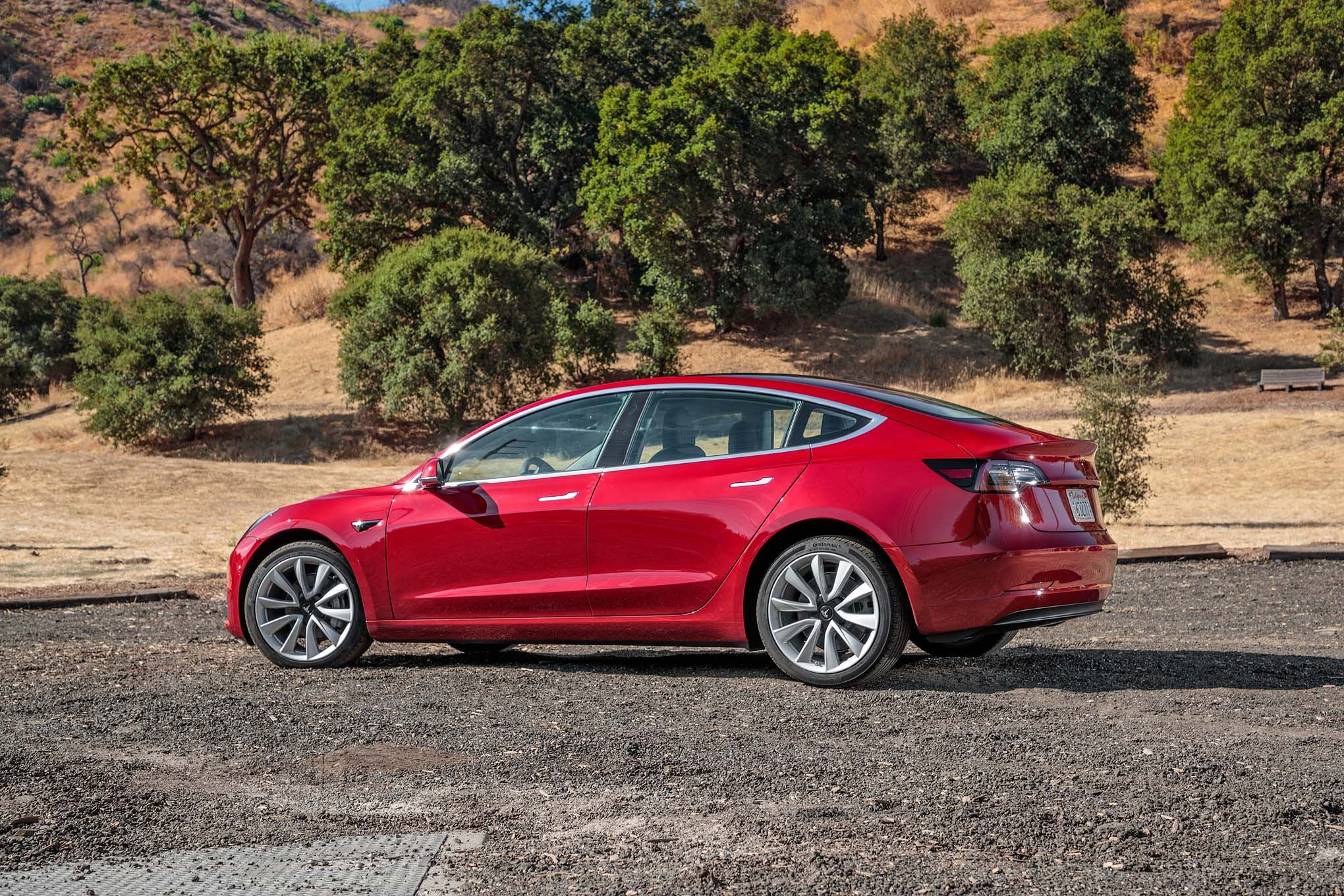 Tesla Model 3 10 Things You Need To Know Motor Trend