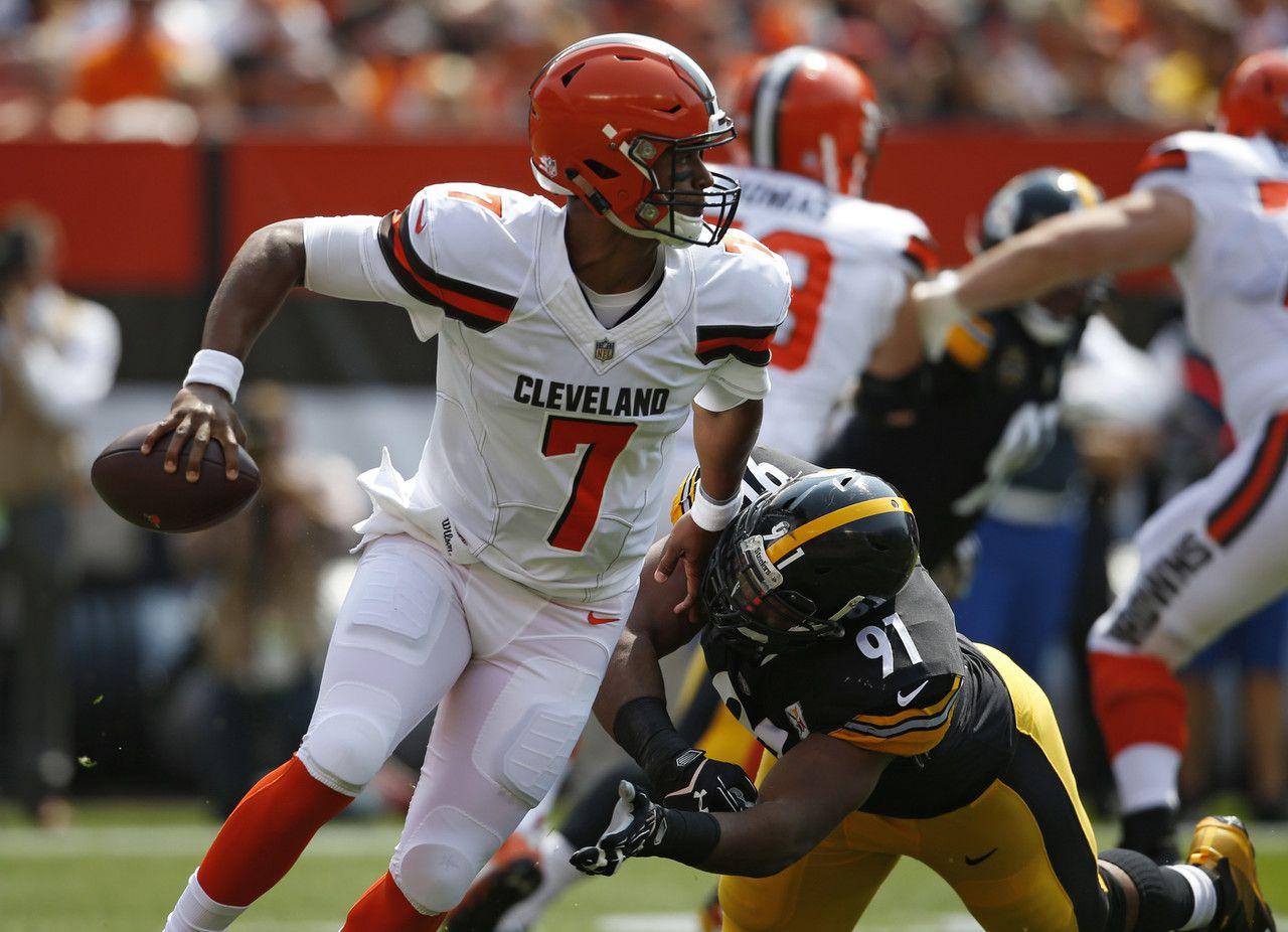 Stephon Tuitt DeShone Kizer Cleveland Browns quarterback DeShone