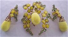 FABULOUS Yellow Glass Cabochons & Rhinestone Brooch & Earring Set