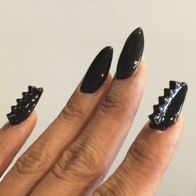 Widows Peek Using Notorious By Dimension Nails 3d Nail Art Stickers