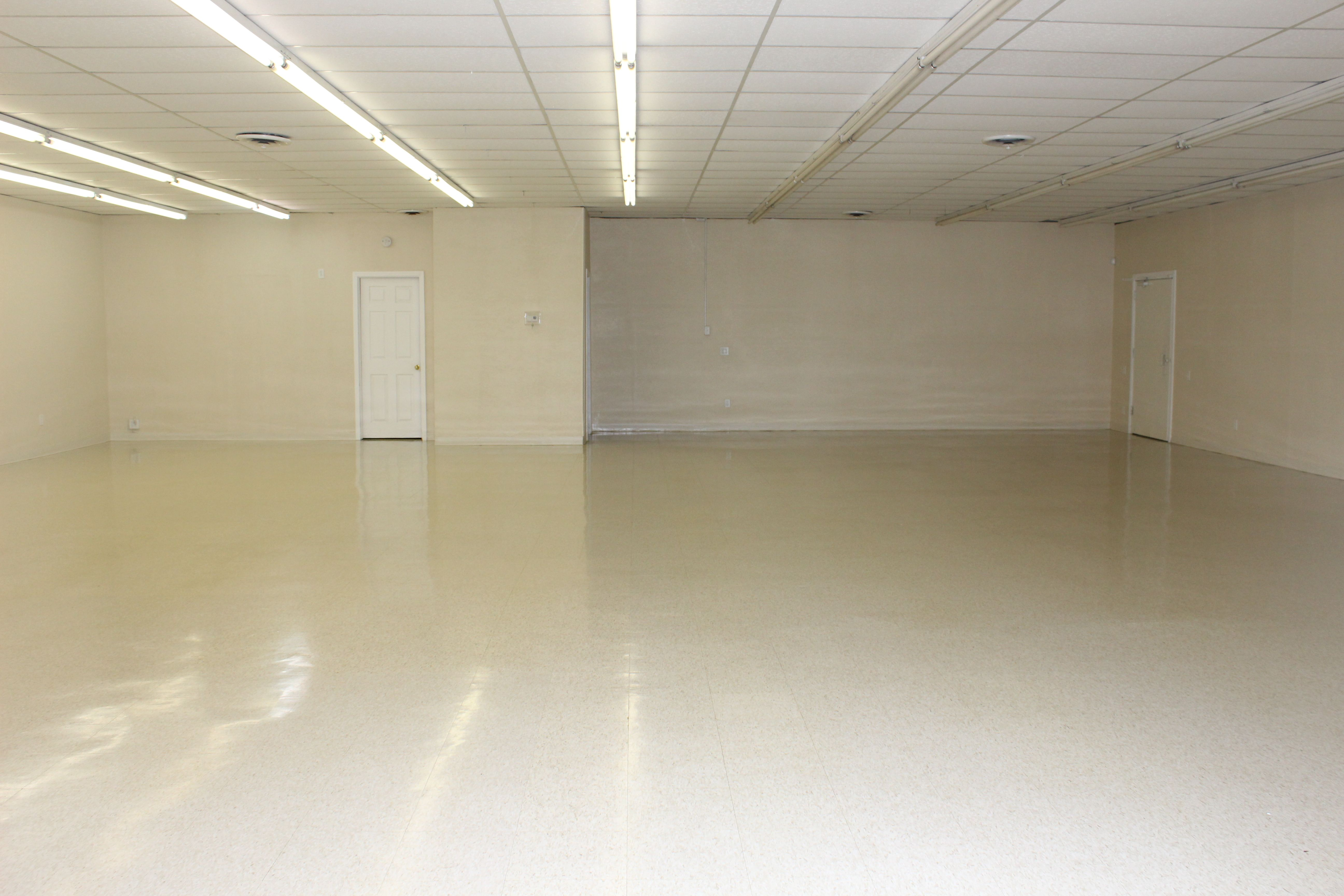 3 000 Sq Ft Commercial Space For Rent Great For Retail Business Services Or Church Services Co Commercial Space For Rent Commercial Rental Space Common Area