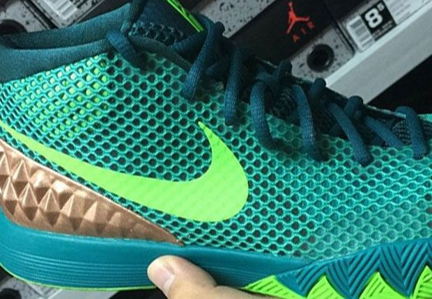 "NIKE KYRIE 1 ""AUSTRALIA"" COLOR: TEAL/GREEN-STRIKE-RADIANT EMERALD"