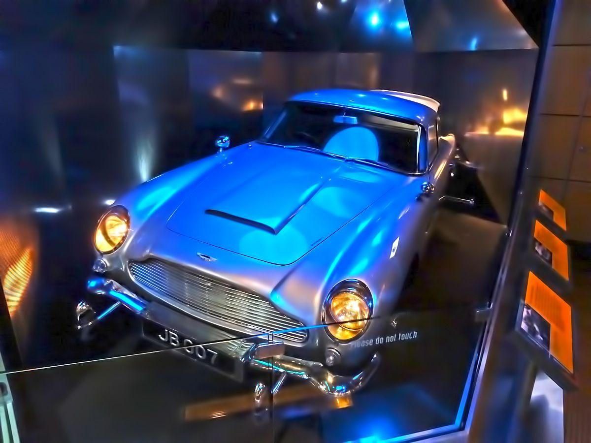 007 James Bond S Aston Martin At Spy Museum Washington D C