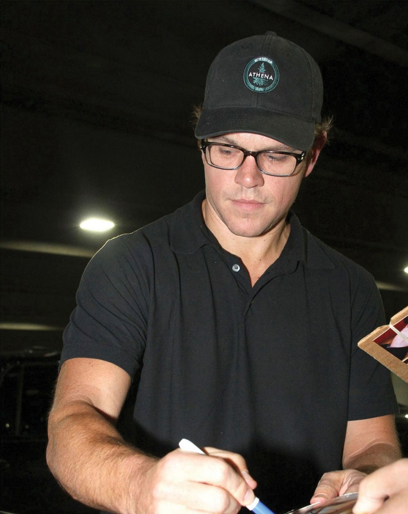 Matt damon wearing jonjon celebrity sightings for Domon olivier