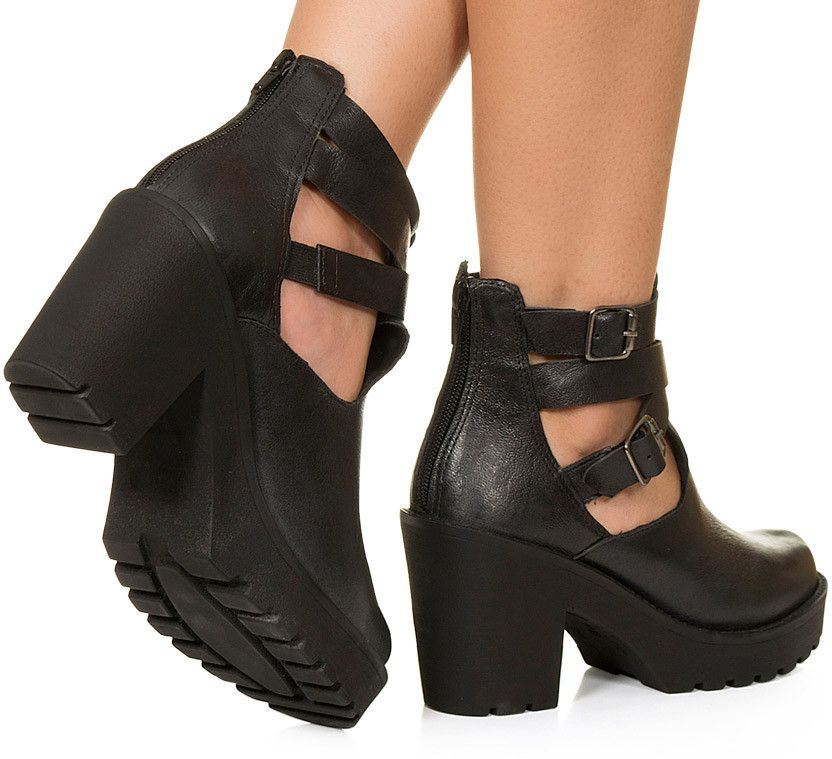 d41a5fc5f Cut out preto salto alto Taquilla - Taquilla  Calçados femininos online