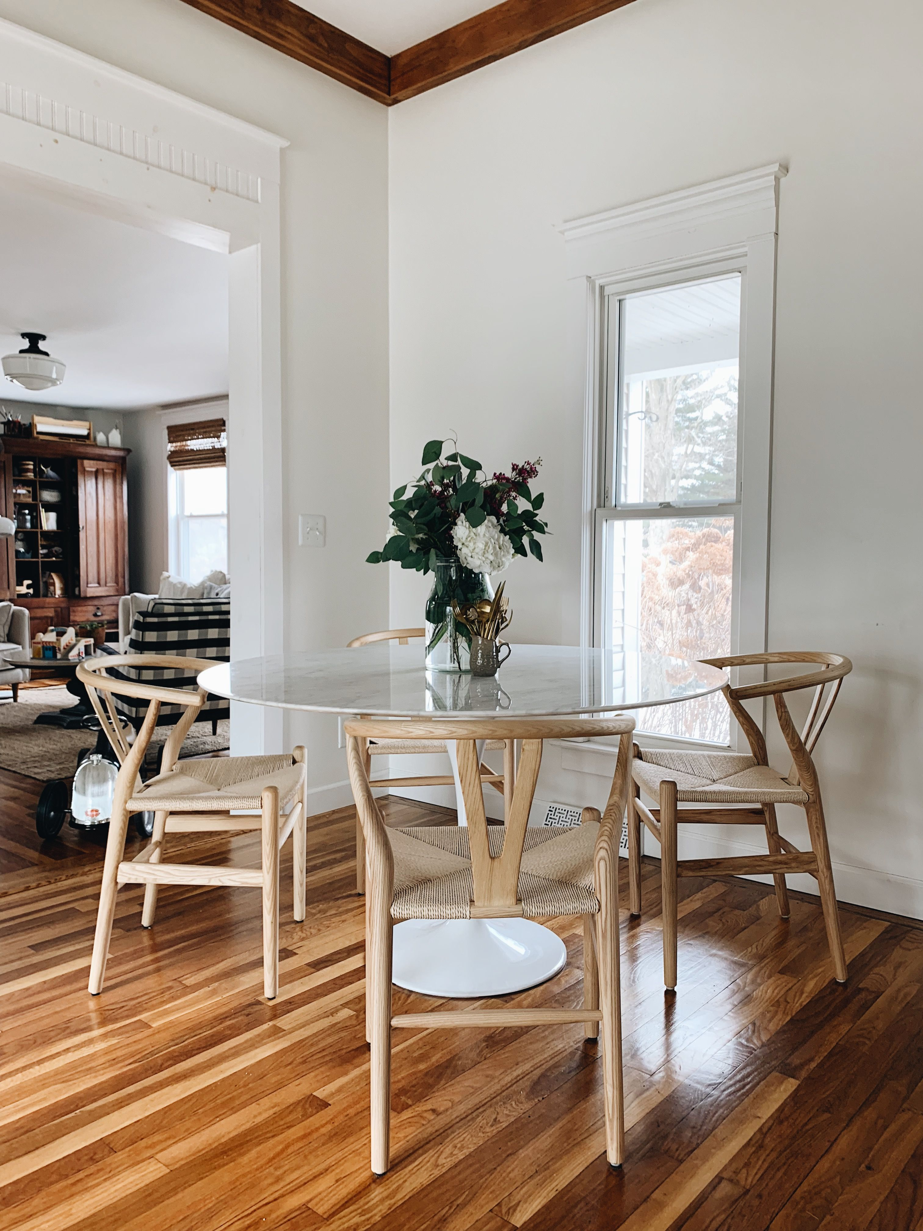Wishbone Chairs in Natural, Tulip Table Tulip dining