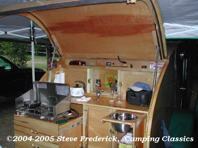Teardrop trailer interiors this won quotbest galleyquot at the for Teardrop camper interior ideas