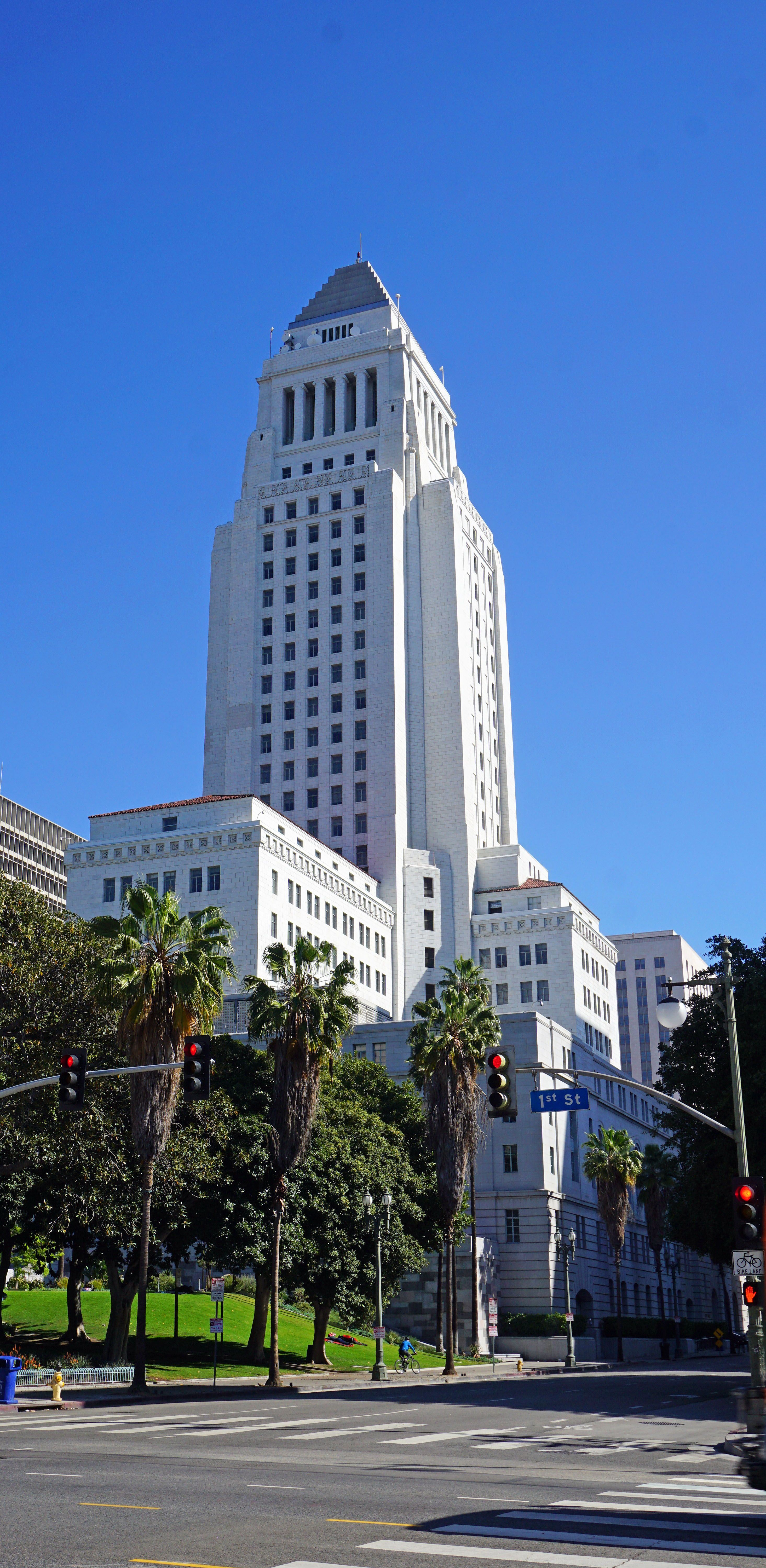 Los Angeles City Hall Completed 1928 Is The Center Of The Government Of The City Of Los Angeles California A Los Angeles Los Angeles California California