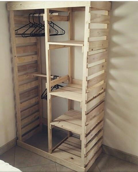 Top 25 DIY Pallet Furniture Ideas #diyfurniture