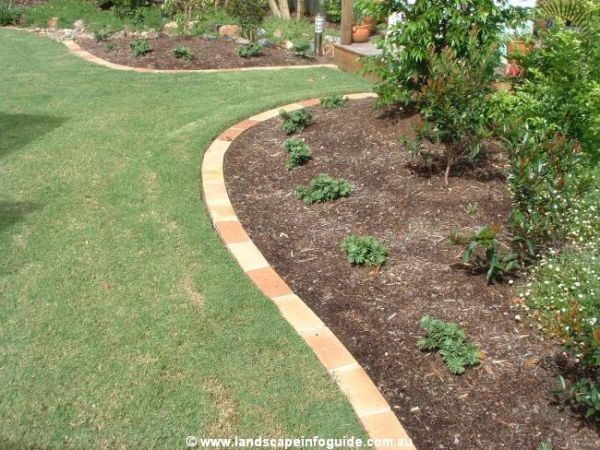 paved edge lawn edging pinterest brick garden edging