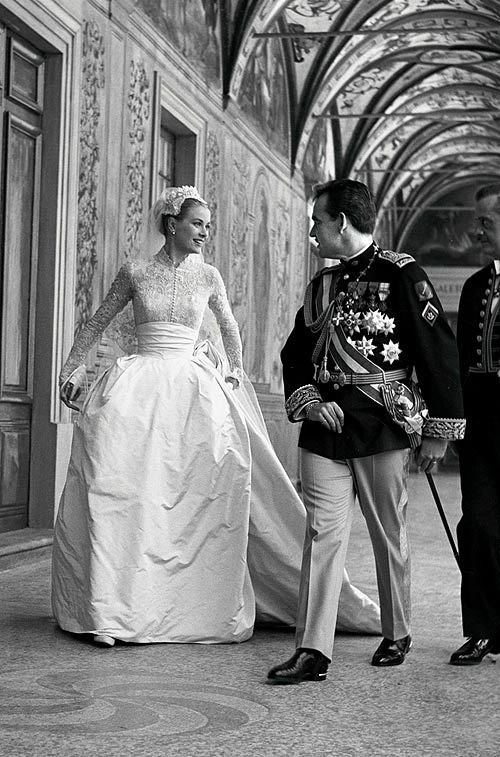 grace kelly and rainiero | wedding inspiration | vestidos de novia