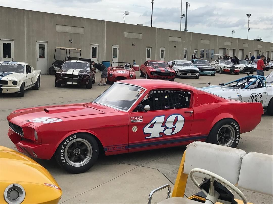 Our us importer @hmsmotorsports is Trackside for this weekends @svralife event and spotted A nice '65 Mustang G.T. 350 @indianapolismotorspeedway running a @stilohelmets St5 carbon helmet. #hmsmotorsport #stilohelmet #stilohelmets #gt350 #ford #vintageracecar #svra #indy