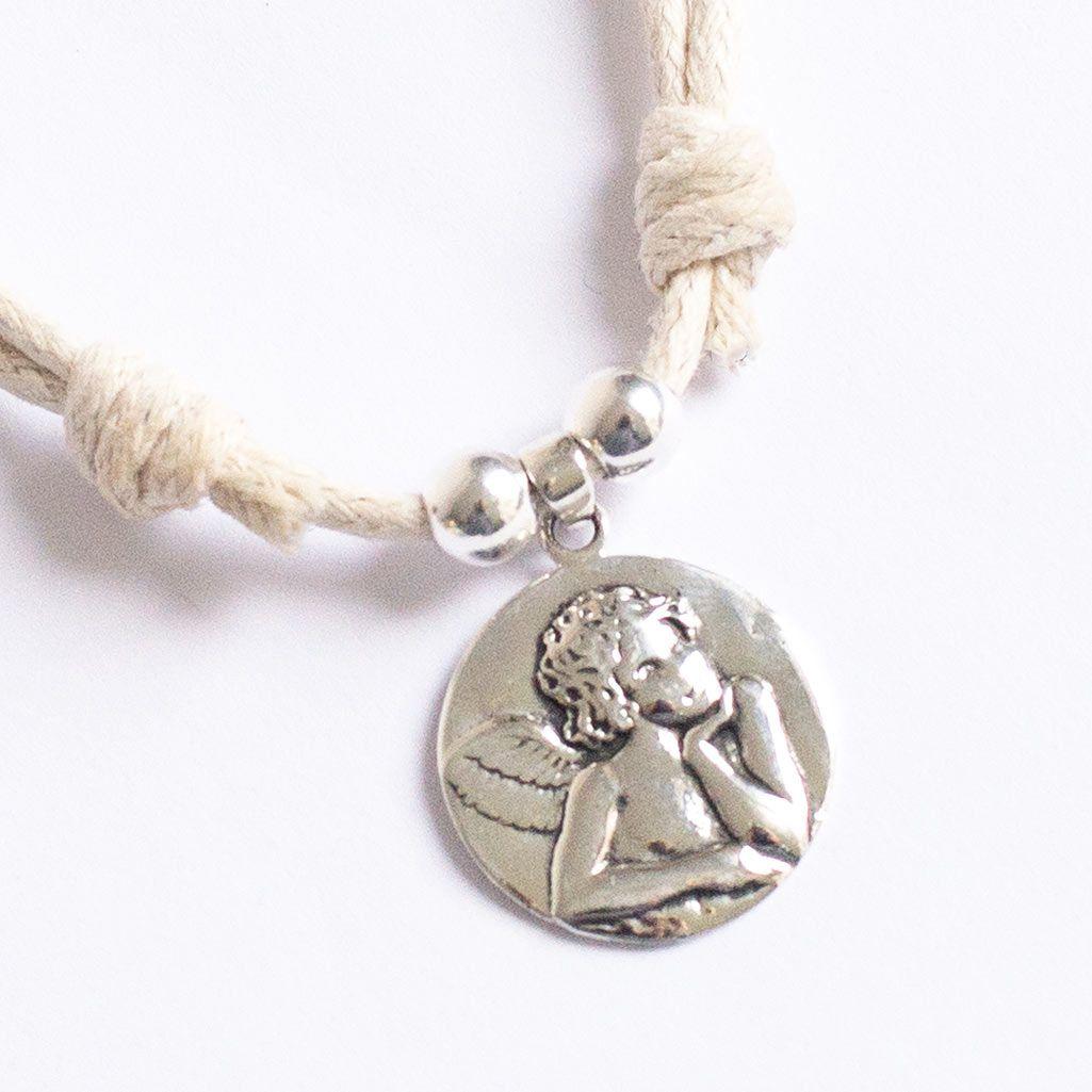 1ab189f6a7bd Regalo para niñas. Regalo Comunión. Gargantilla con medalla de plata ...