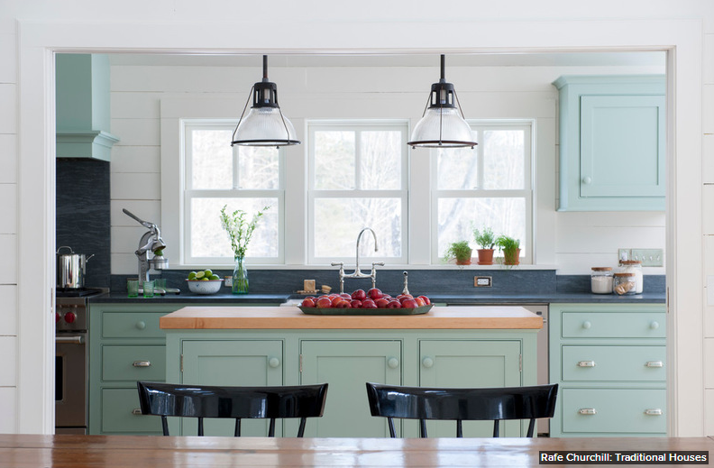 what a lovely kitchen color palette!