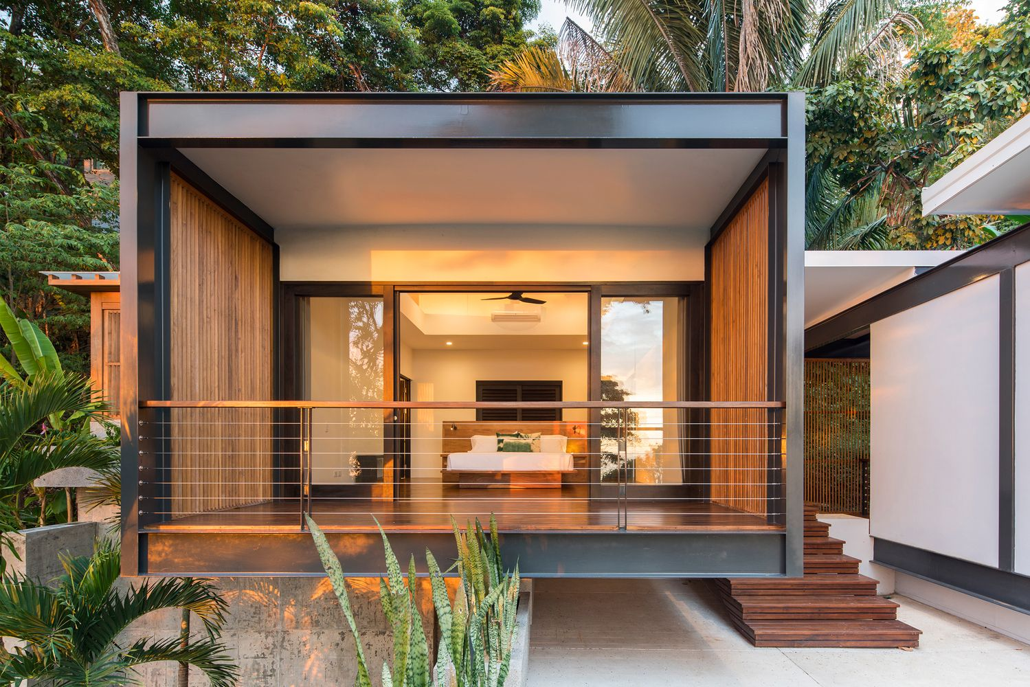 Gallery of joya villas studio saxe 2 detalles for Decoracion de casas de playa modernas