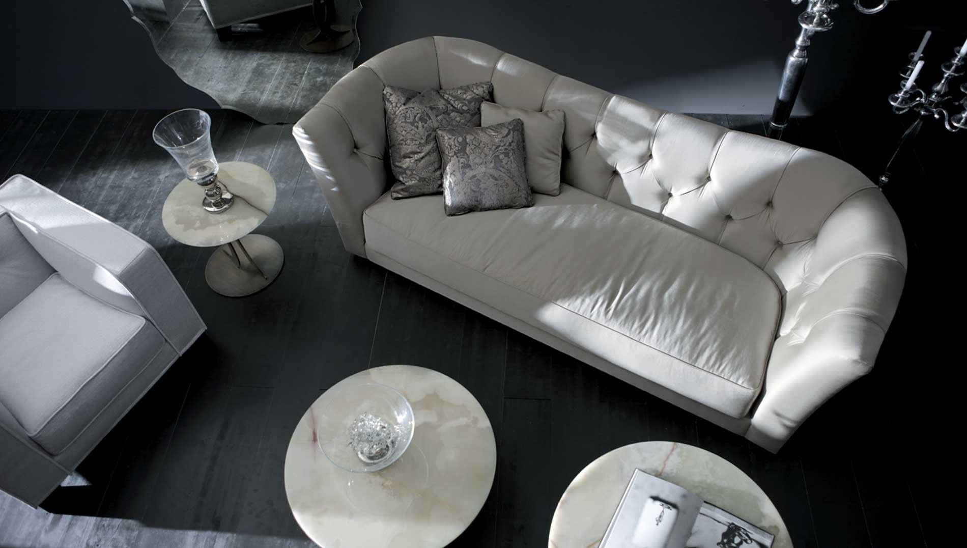 Buy Opera Contemporary Butterfly 3 Seater Sofa Online At Luxdeco The Utterly Inviting Butterfly 3 Seater Sofa Is Chic Modern Sofa Set Luxury Sofa Italian Sofa